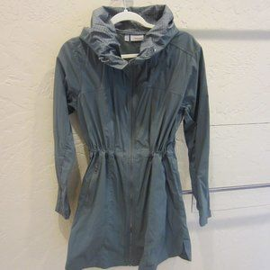 Athleta Hooded Rain Jacket size Medium